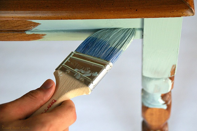 Does Chalk Paint Scratch Easily